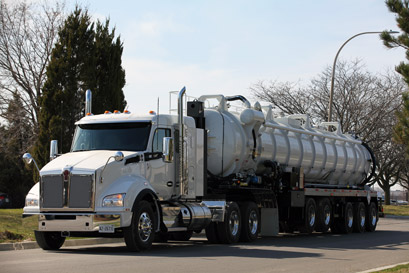 MORS Refining Systems Inc. -  Liquid Vac Trailer